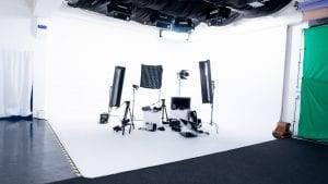 фотостудия с циклорамой